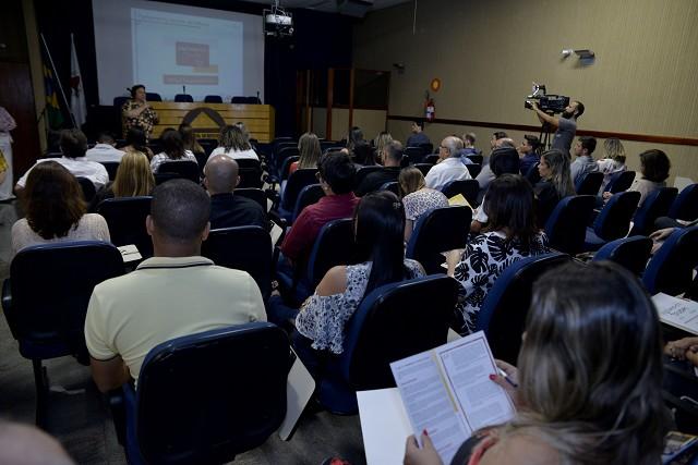 Câmaras participam de curso para Parlamento Jovem 2018